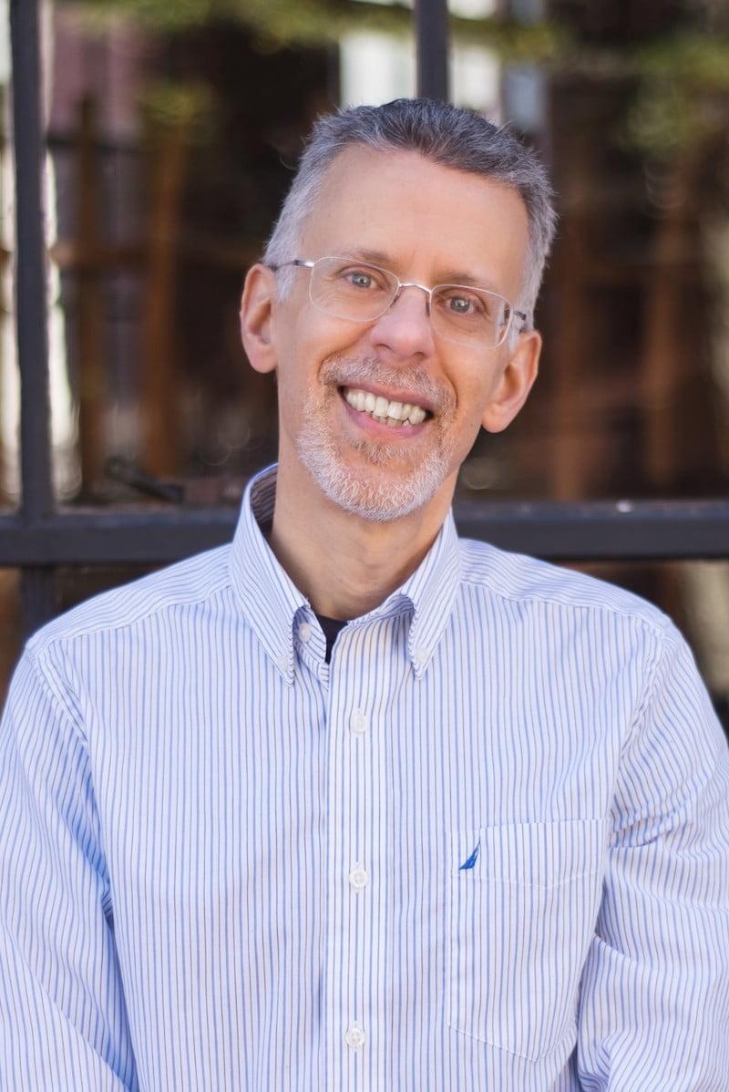 Dr. Jeff Feinman, holistic veterinarian, pet care